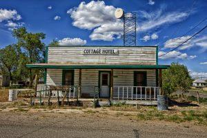 Hotel en estado de abandono