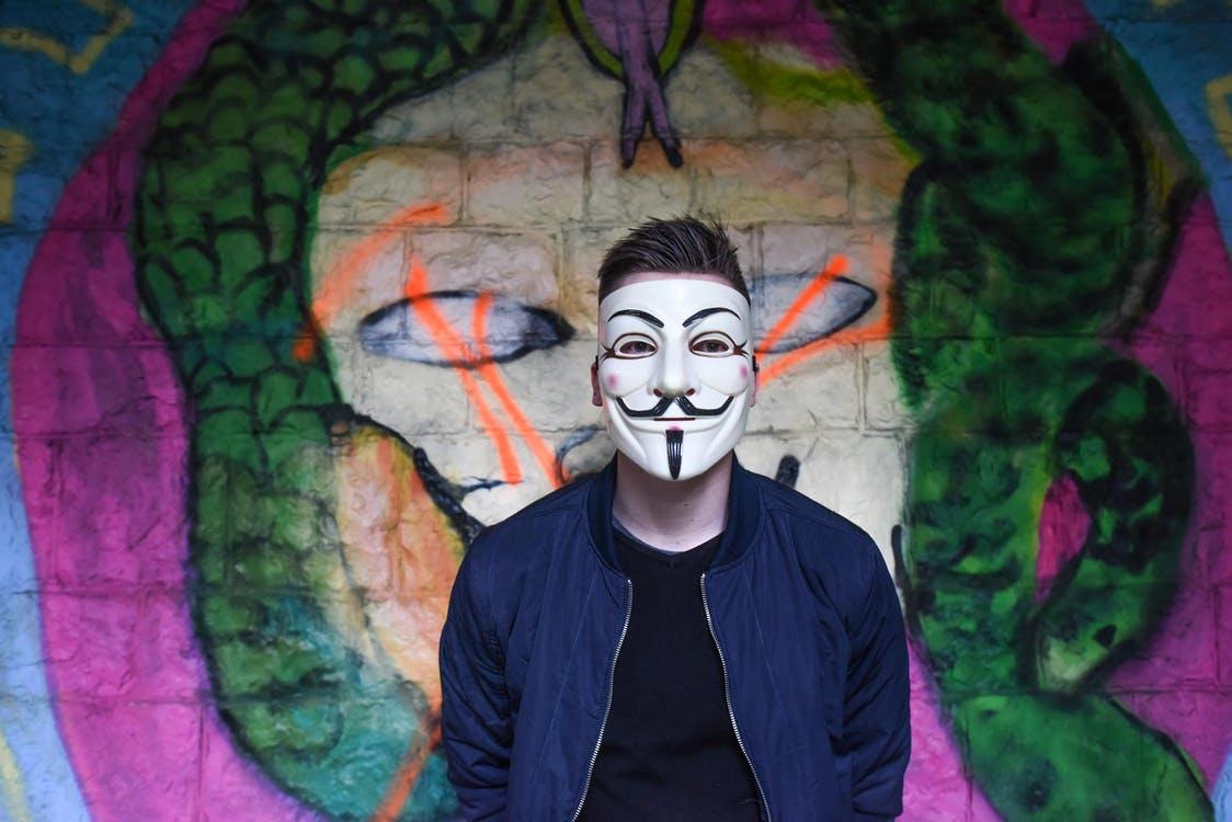 Máscara para desbloquear Face ID